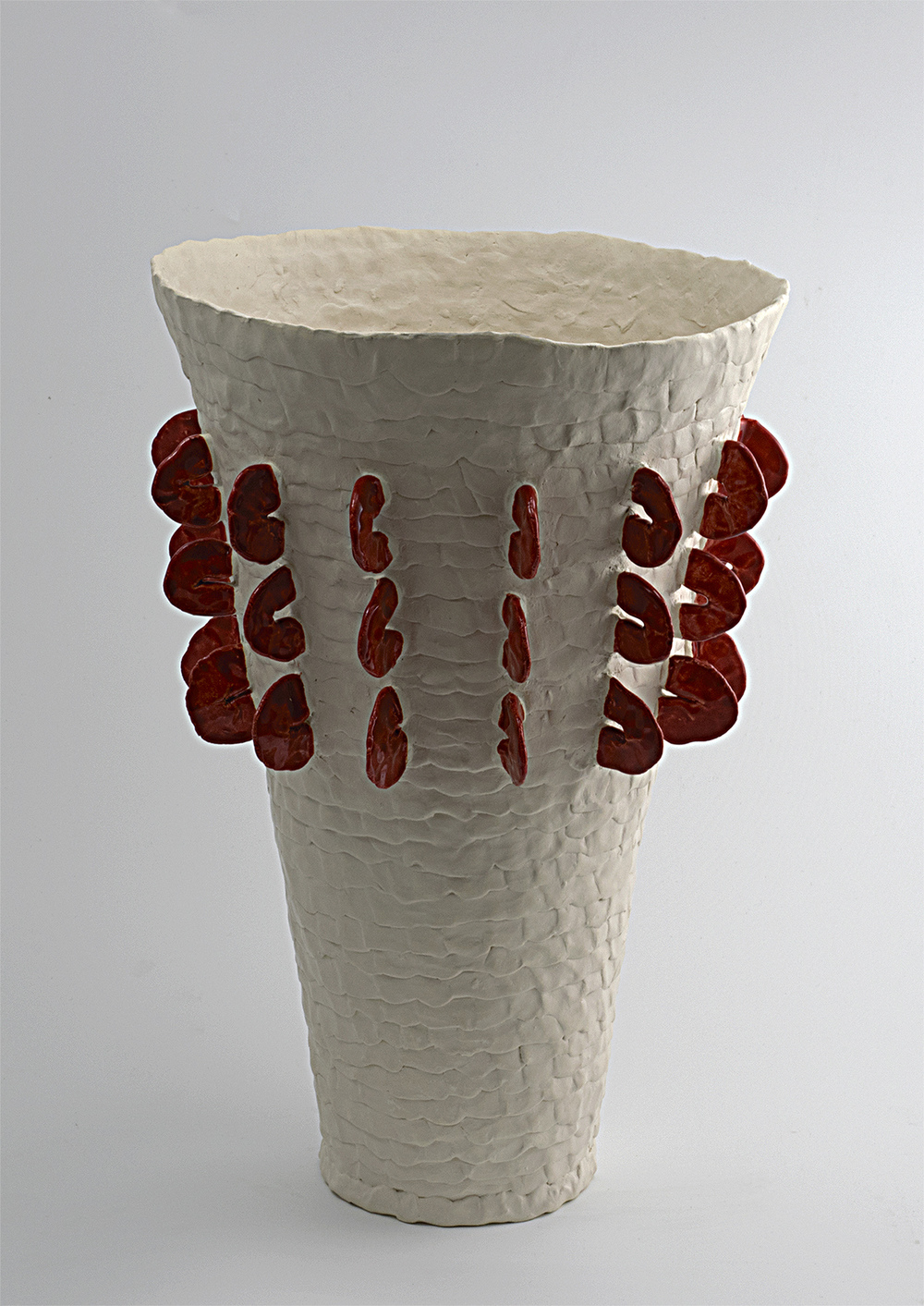 Vessel red on white.jpg