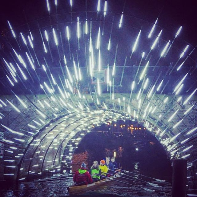 Chewie, engage the hyperdrive!✨🚀💥 #hyperdrive #starwars #hanandchewieforever #amsterdamlightfestival #boozecruise #rowinggoals #rowing