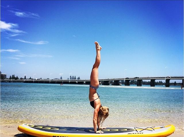 Handstand SUP