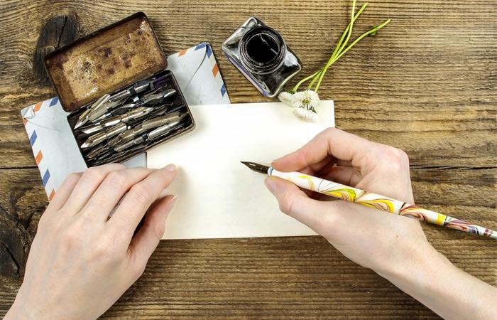 pen_writing_letter.jpg