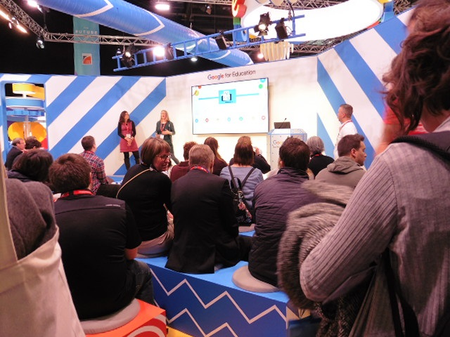Bett crowd 04 by Terry Freedman.jpg