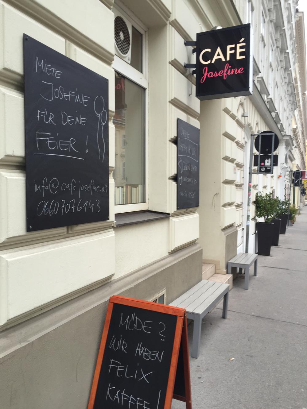 Café Bar Josefine