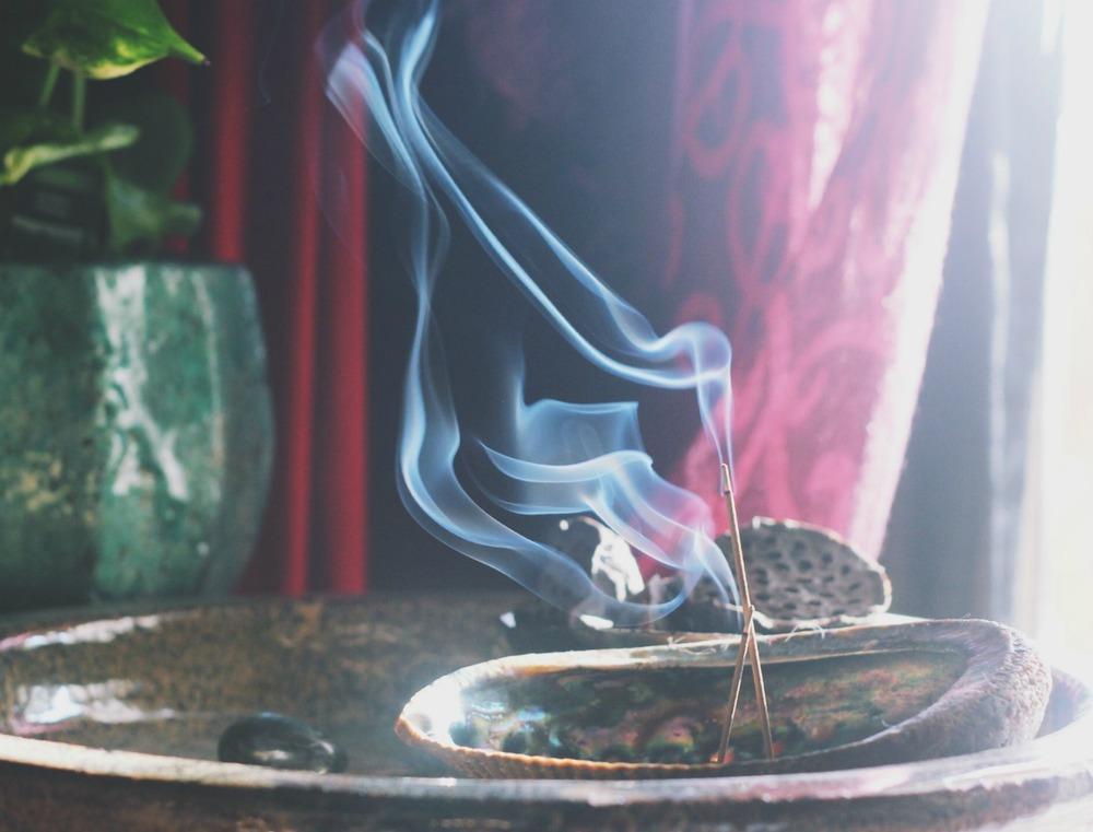 Lush Folk incense
