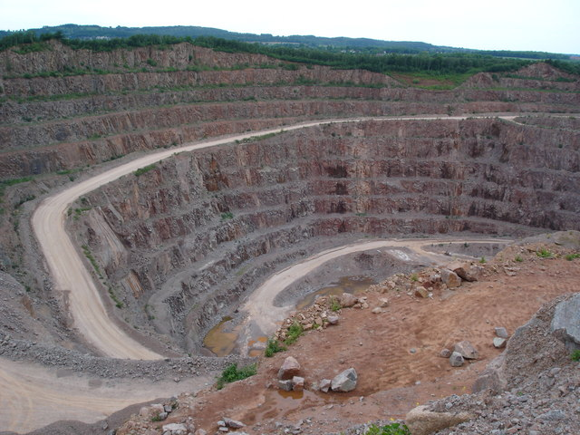 Buddon_Quarry,_Mountsorrel_-_geograph.org.uk_-_226329.jpg