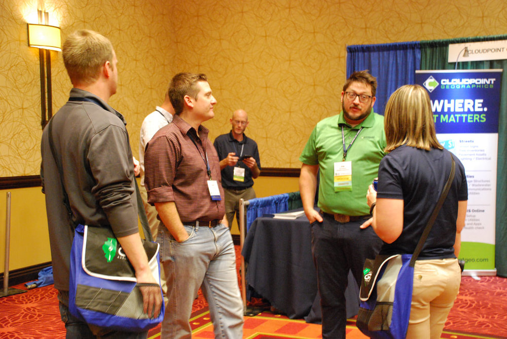 Joe and Paul at Cloudpoint booth.jpg