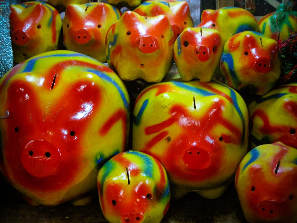 Piggy banks, Mercado Central, Central Market, San Jose, Costa Rica