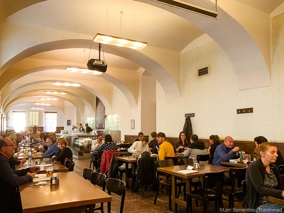 Lokal Dlouhá Pub, Prague food tour, Taste of Prague