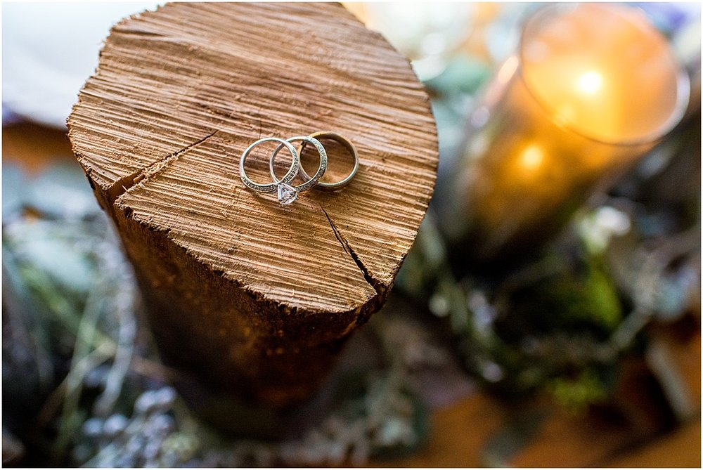 DoAmore-Recycled-ethical-wedding-rings-Earthy-Details