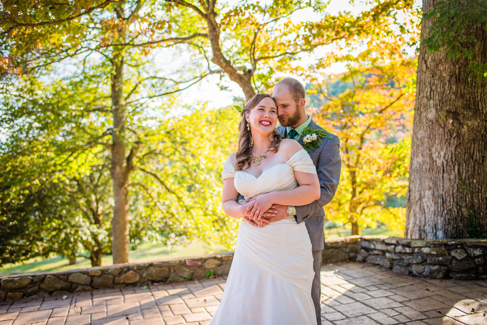 Earthy_Asheville_Fall_Wedding_Bride_and_Groom_Portraits