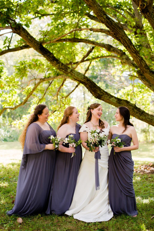 Sarah Grace & her bridesmaids at Bull Creek Ranch