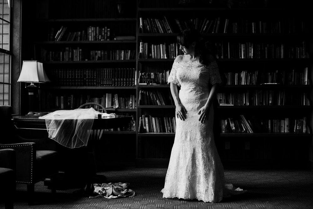 Mindie_Sterling_Wedding-57.jpg