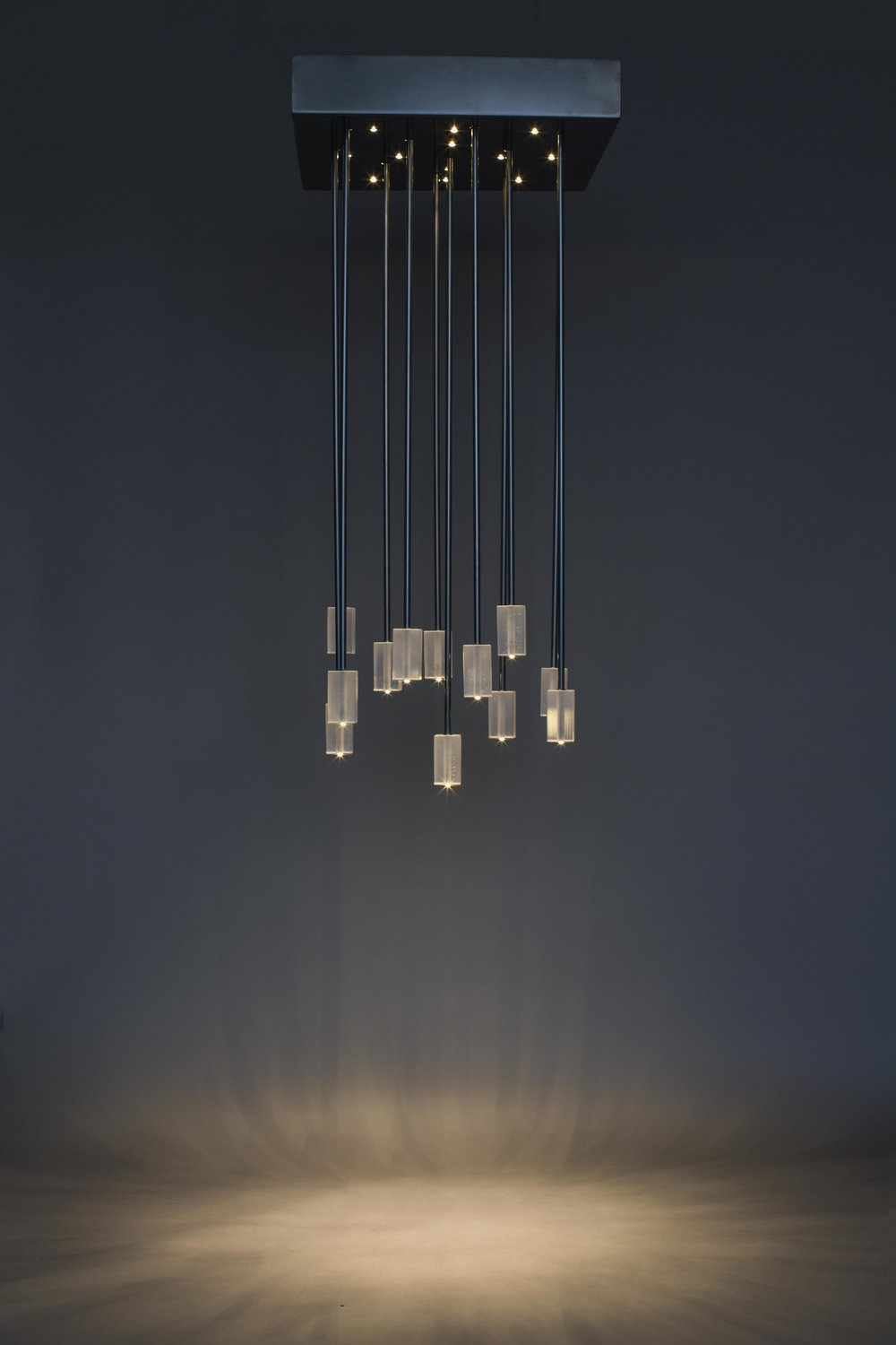 TRACEY_CHANDELIER-9_RT.jpg