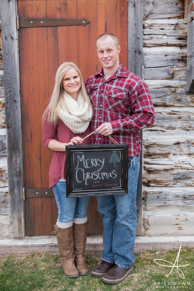 Holiday Photos with Chalkboard!! What a great idea this turned out to be.