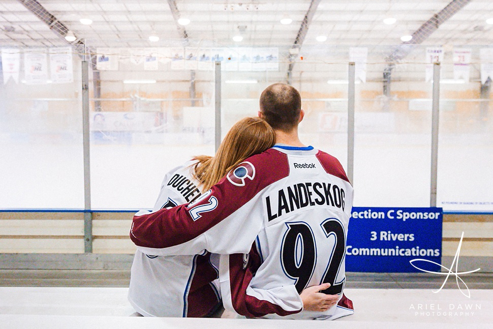 HockeyEngagementPhotos_GreatFalls_Montana_Photographer_11.jpg