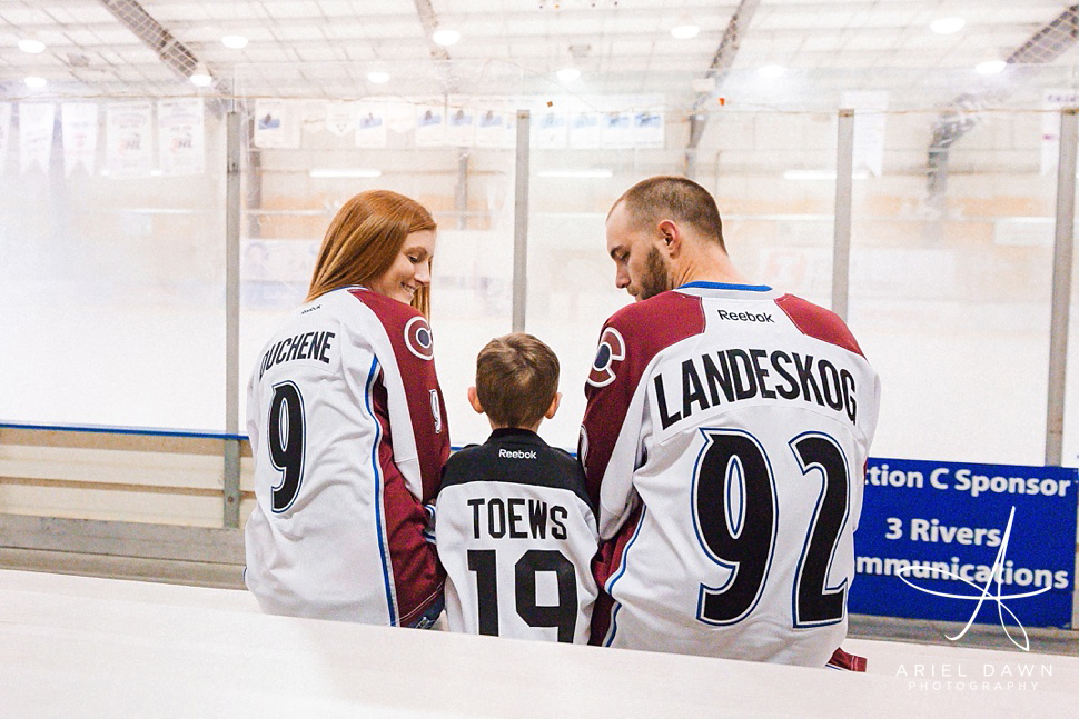 HockeyEngagementPhotos_GreatFalls_Montana_Photographer_12.jpg