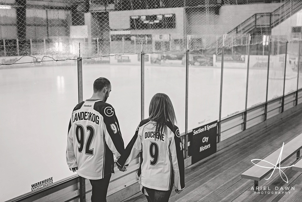 HockeyEngagementPhotos_GreatFalls_Montana_Photographer_14.jpg