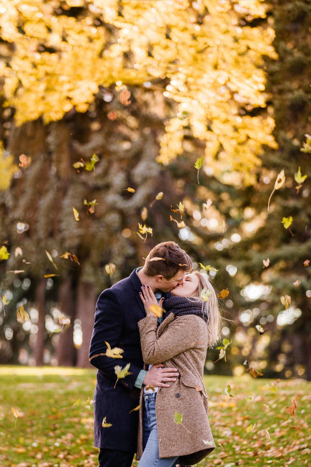 Fall Oregon Engagement Session (1).jpg