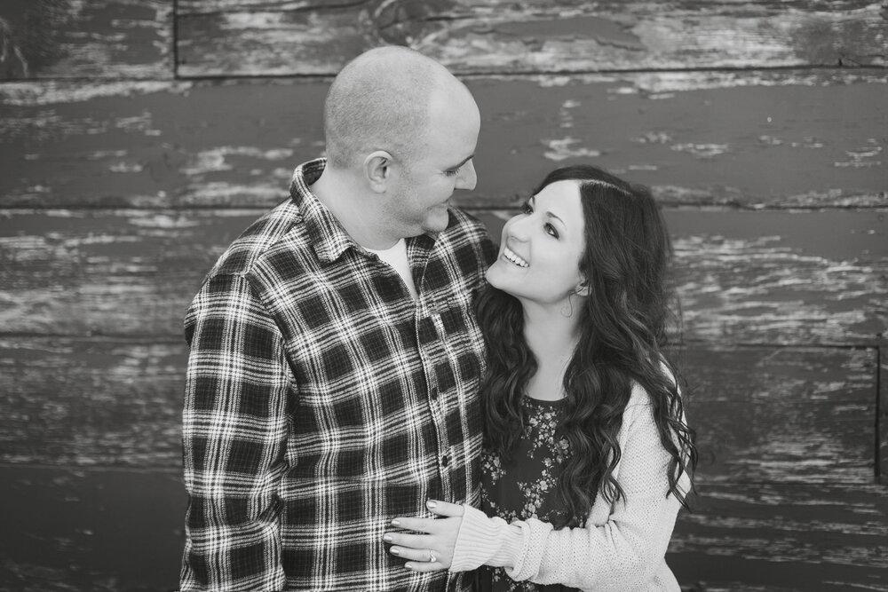Engagement photos bend oregon.jpg