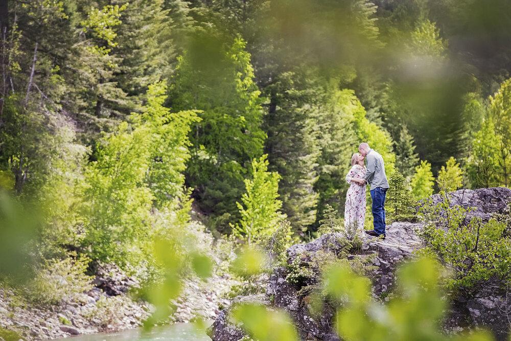 Engagement Photographer Glacier National Park Montana 28.jpg