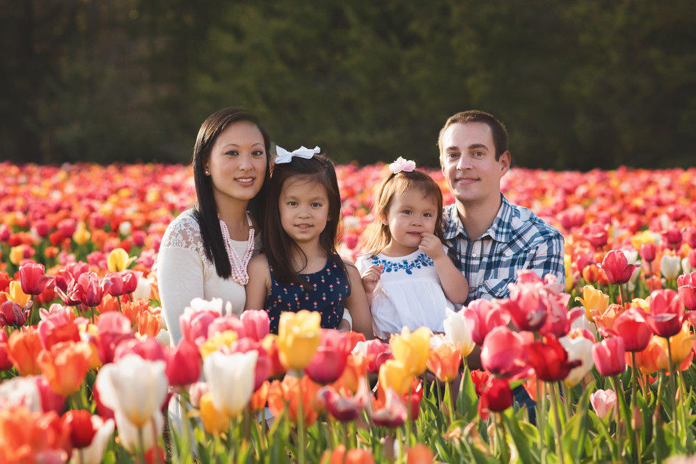 tulip-session-kate-montaner-photography-family-portraits-northern-virginia