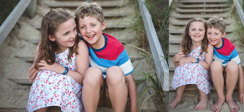 beach-family-photography-siblings-outerbanks-kate-montaner-photography-loudoun-family-and-childrens-photographer