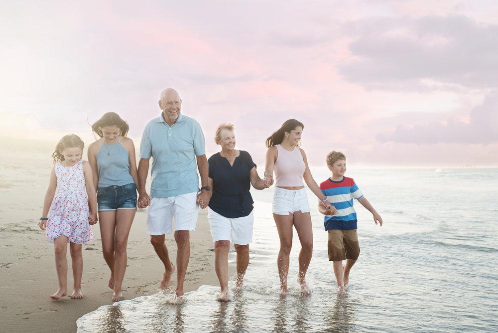 beach-family-reunion-photography-grandparents-grandchildren-soft-pastels-outerbanks-kate-montaner-photography-northern-virginia-family-reunion-photographer