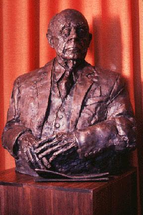 Seymour H. Knox II