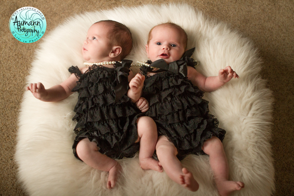 Shea girls002(1 month).jpg