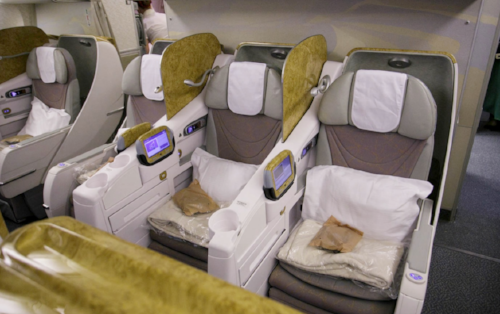 Emirates 77W Business Class