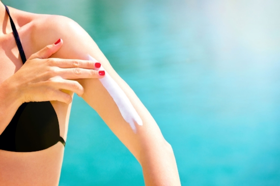 Guide to sunscreens: Choosing the safest sunscreen (and avoiding the most toxic)