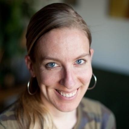 Tanja Dehne, Acupuncturist
