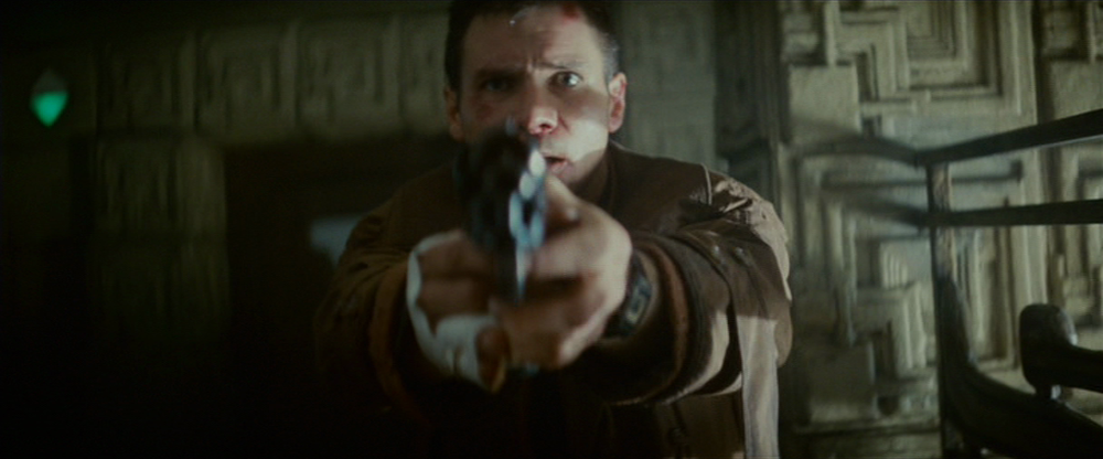 57-deckard-with-gun1.png