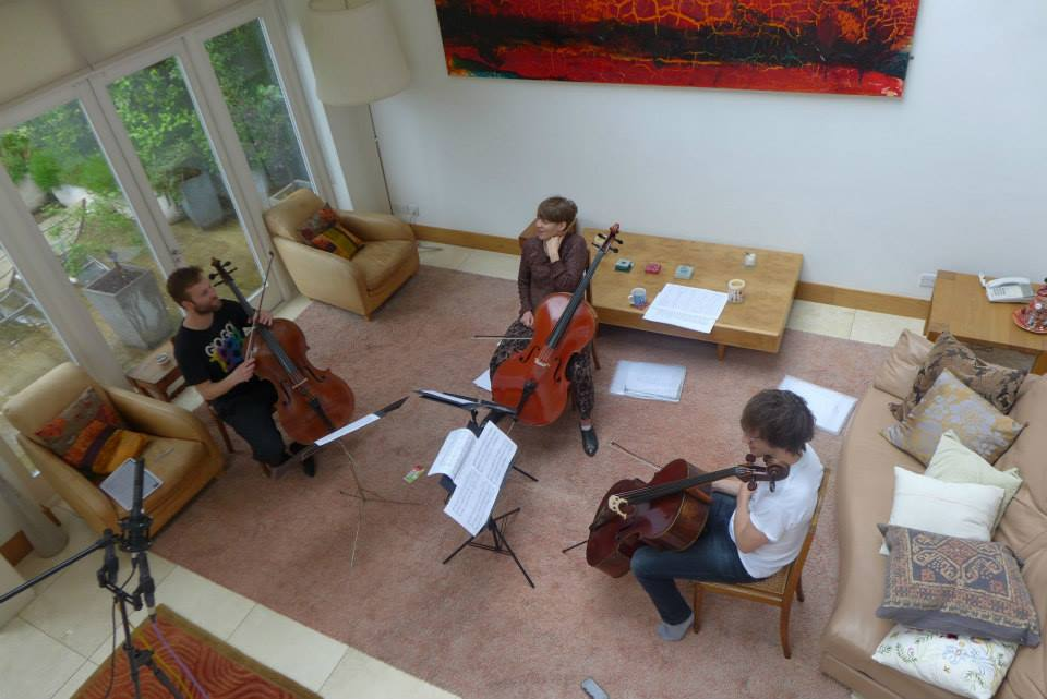 Tre Voci rehearsing.