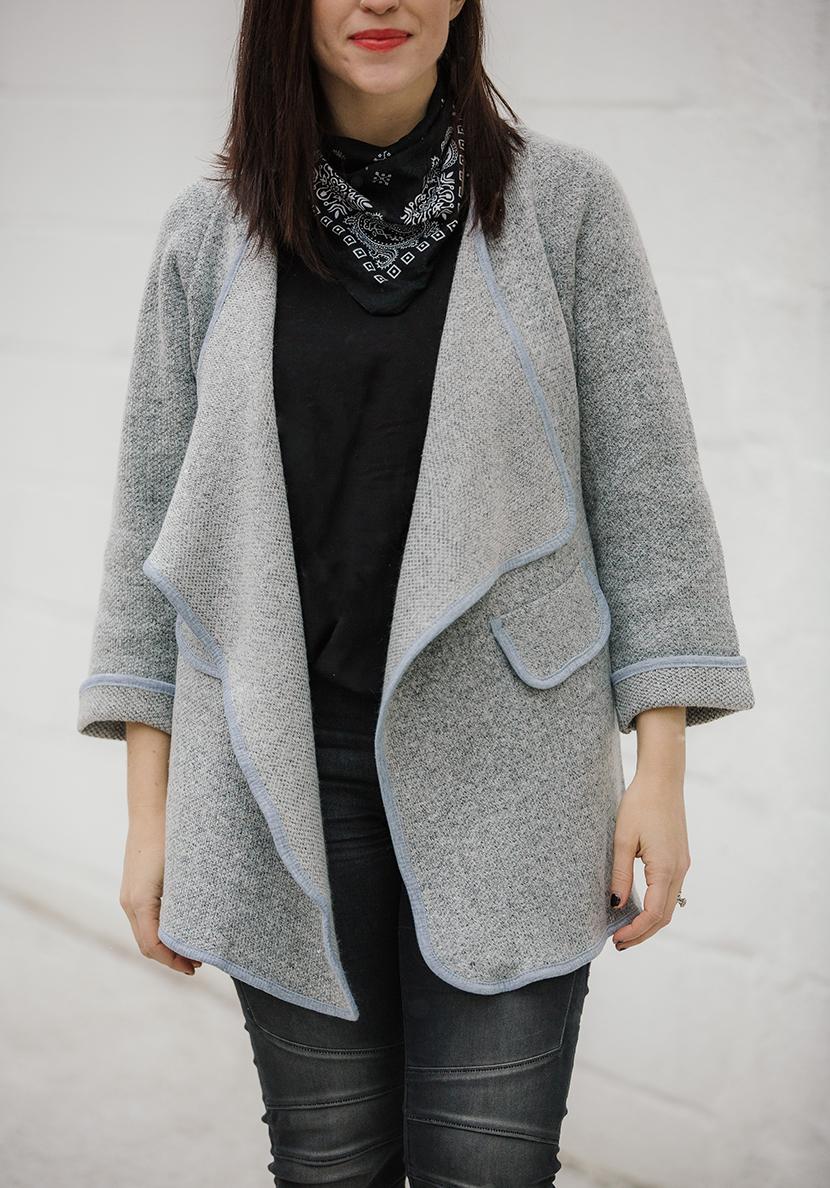 bandana neck scarf trend