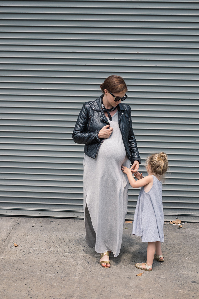maxi dress maternity outfit