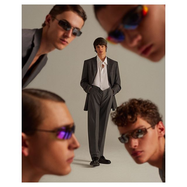 👁👁Color! for @icon_elpais 👁👁 Styling - @anamurillas  Makeup - @bo_champagne  Hair - @eliaspedrosa  Casting - @michelebisceglia_  Post - @franciscovargas  Production - @adrianasuarezproducer  #gray#malemodels#editorial#fashion#danielclavero#tailoring#oversized