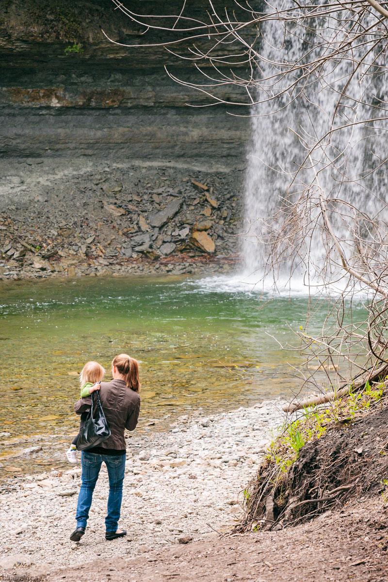 manitoulin-island-ontario-canada-kagawong-bridal-veil-falls-girl-woman-waterfall