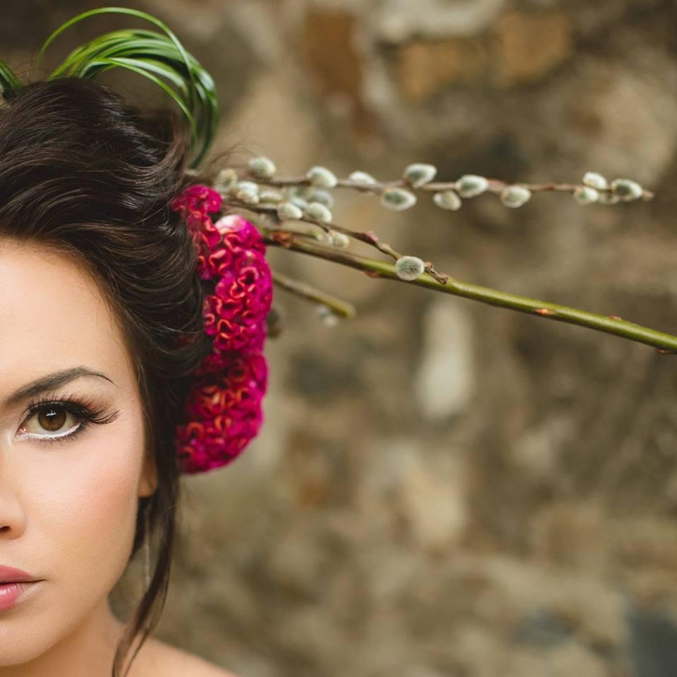 aa.elizabeth.javelose-creatrix.photography-haikumill-maui.makeup.artistry.jpg