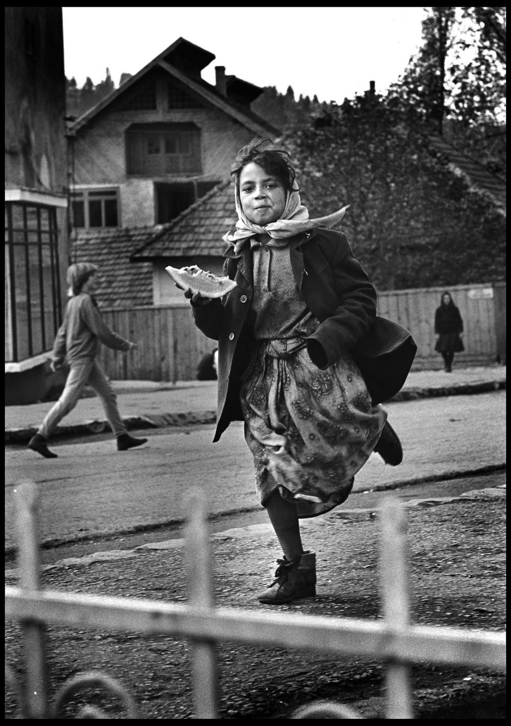 Romanian gypsy girl, Brasov