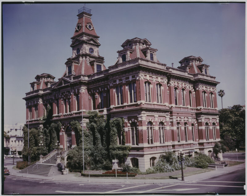 City Hall designed by Theodore Lenzen, 1889