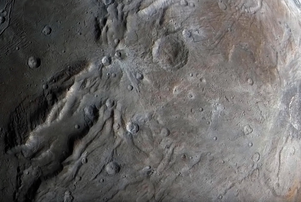 New Horizons photo of the surface of Charon