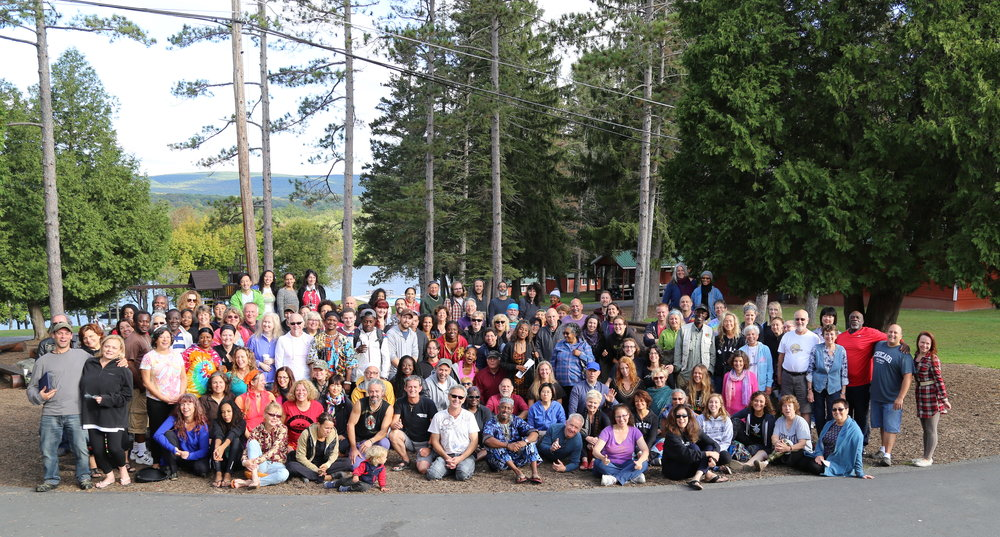 Retreaters group photo at the 2015 Retreat