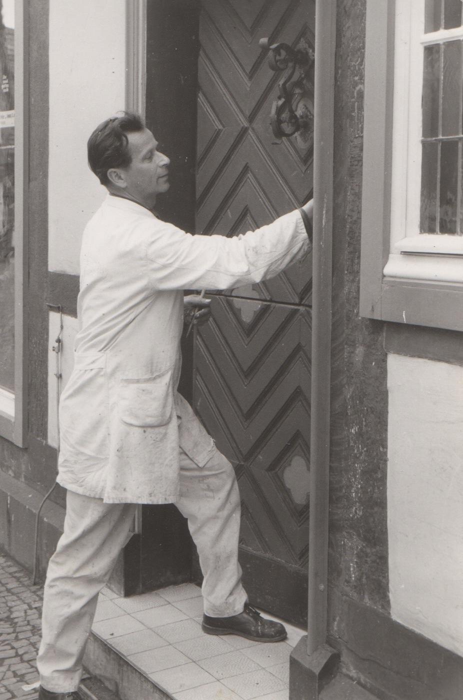 1961: Meisterbetrieb als Maler und Lackierer