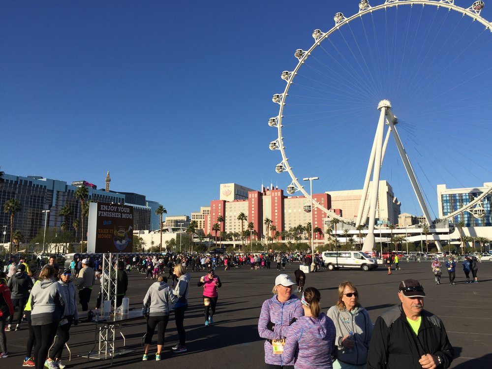 Start/Finish area. The High Roller in the background