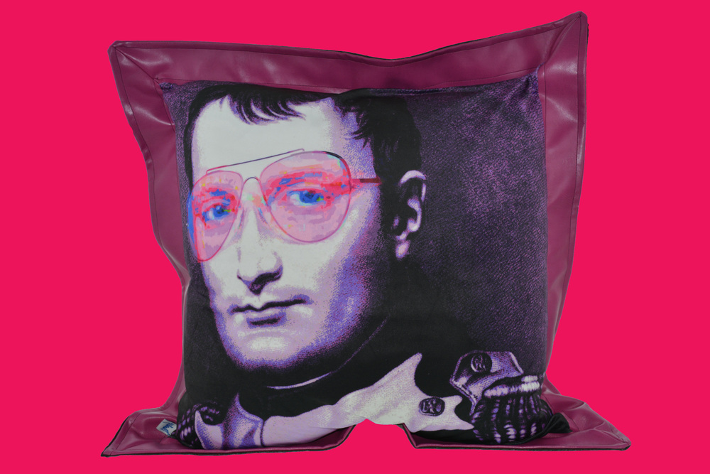 AVIATOR GLASSES NAPOLEON PILLOW