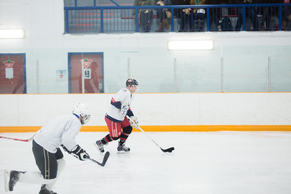 GrenfellHockey2015-15.jpg