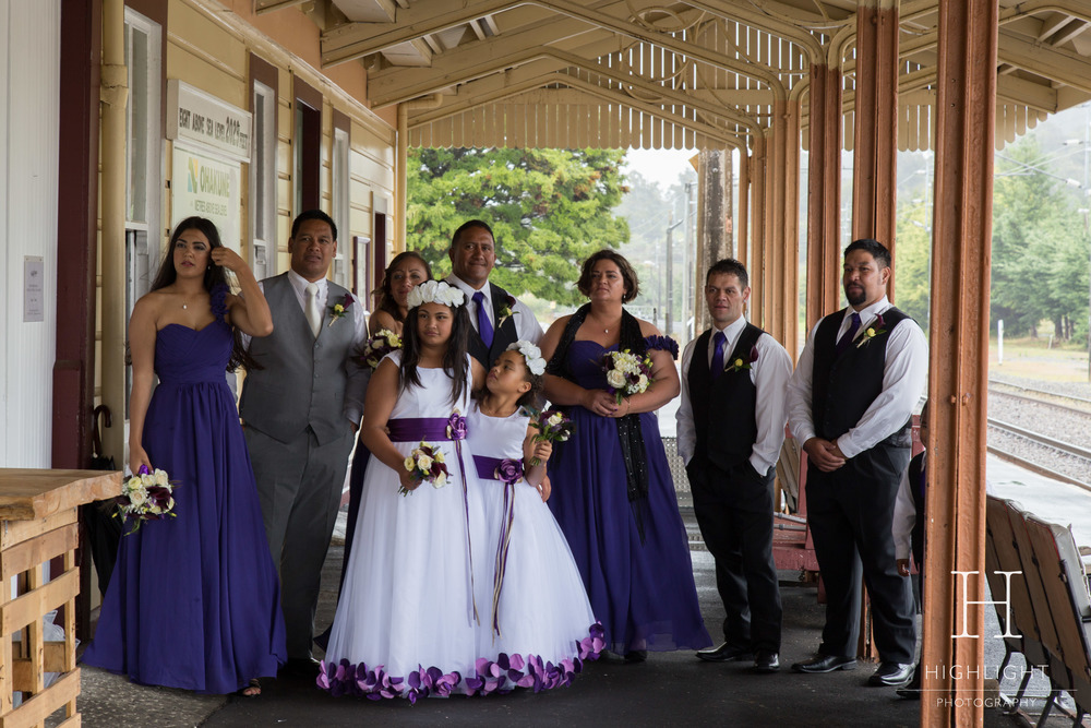 leeanneandlance_station_bridalparty.jpg