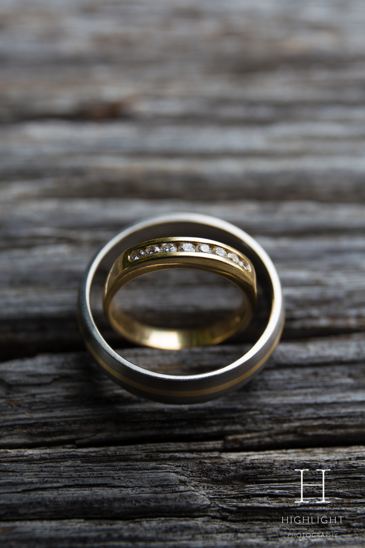 highlight_wedding_photography_rings.jpg