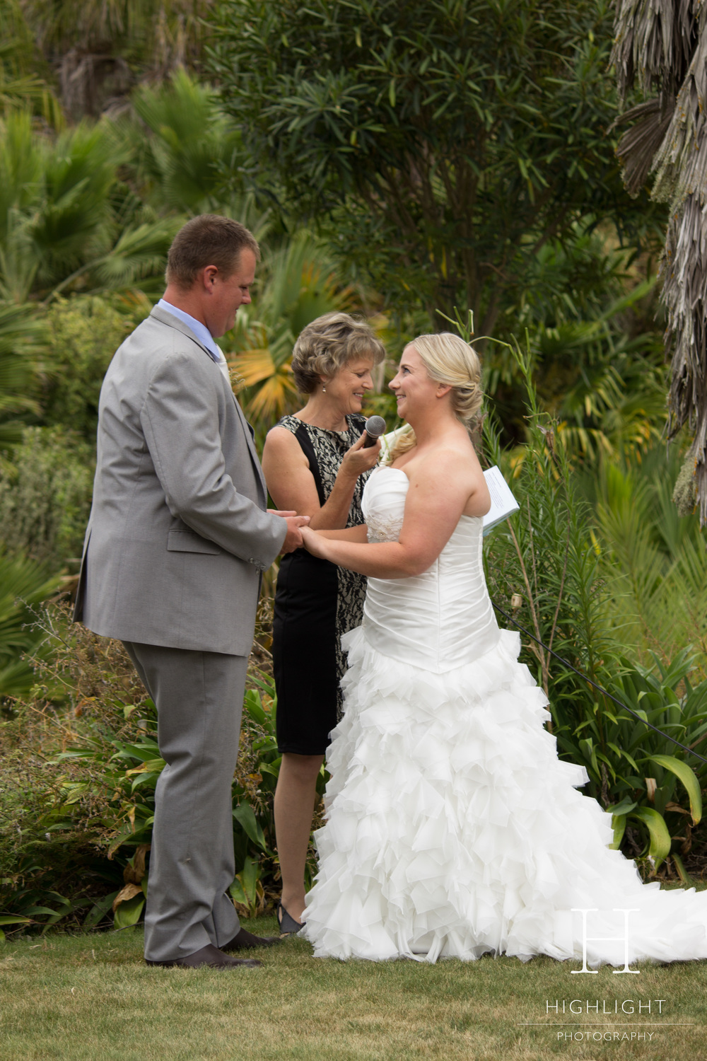 highlight_photography_wedding_new_zealand_cormac.jpg