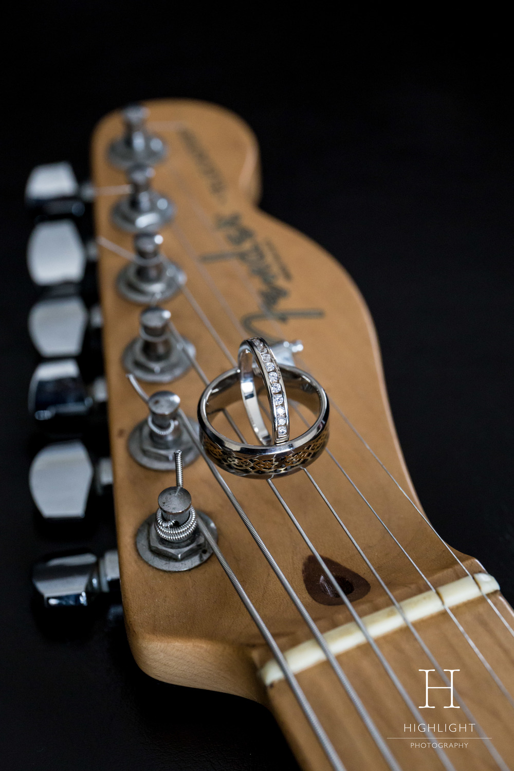 guitar_wedding_ring_band_fender_telecaster_highlight_photography